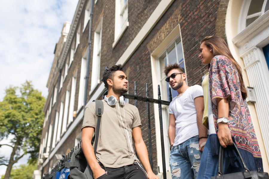 Kaplan International Languages London Leicester Square 30+
